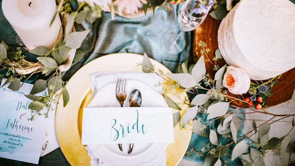 place setting for an eco friendly wedding